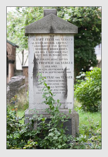 Grab der Familien Kiliani & Verger auf dem Alten Südfriedhof München (Juli 2007)