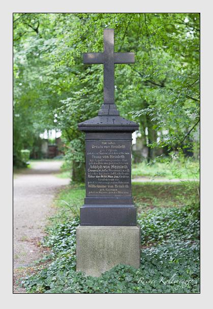 Grab der Familie Heinleth auf dem Alten Südfriedhof München (Juli 2007)