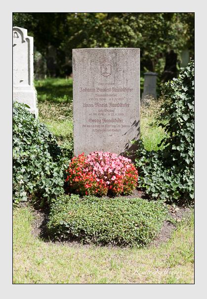 Grab der Familie Randlkofer auf dem Alten Südfriedhof München (August 2007)