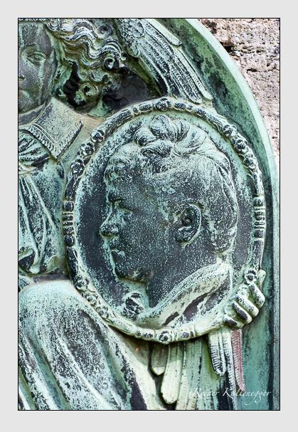 Grab der Familie Zettler auf dem Alten Südfriedhof München (August 2007)
