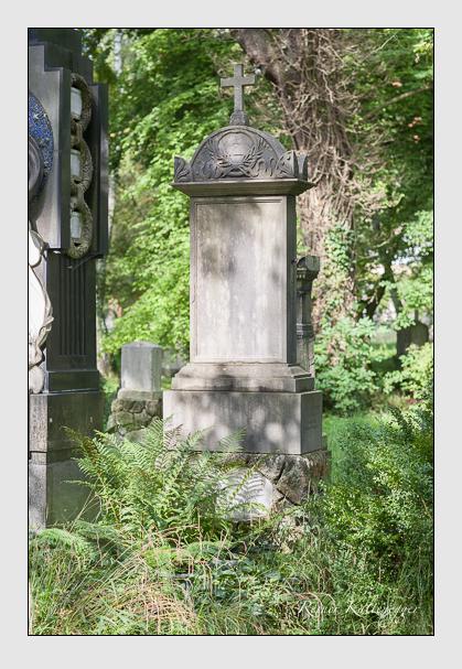 Grab der Familie Fischer auf dem Alten Südfriedhof München (August 2007)