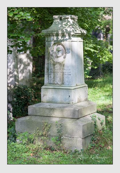 Grab der Familie Rüdinger auf dem Alten Südfriedhof München (August 2007)