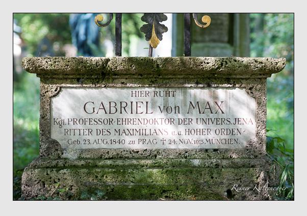 Grab der Familie Max auf dem Alten Südfriedhof München (August 2007)