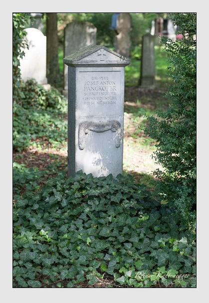 Grab der Familie Pangkofer auf dem Alten Südfriedhof München (August 2007)