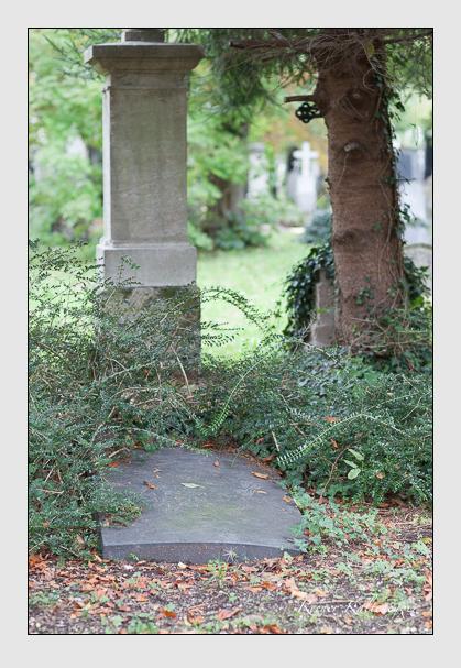Grab der Familie Mayer auf dem Alten Südfriedhof München (Oktober 2007)