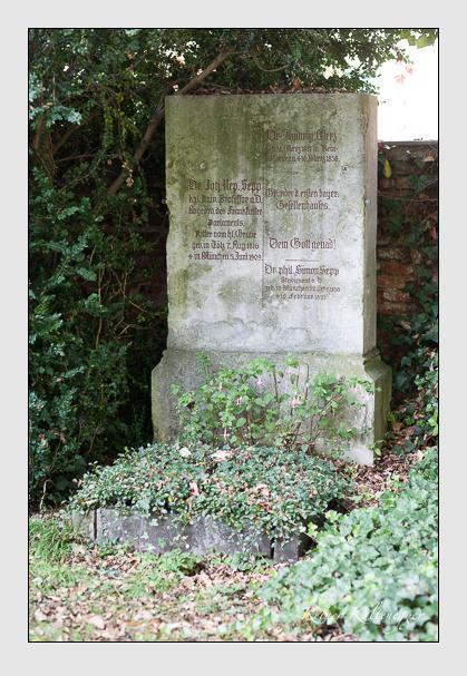 Grab der Familien Merz · Sepp auf dem Alten Südfriedhof München (Oktober 2007)