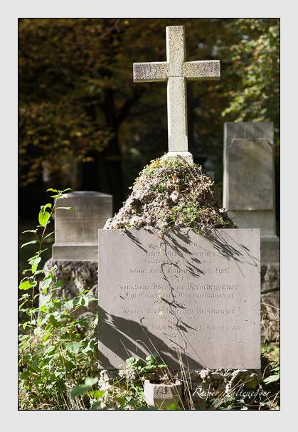 Grab der Familie Kerschensteiner auf dem Alten Südfriedhof München (Oktober 2007)