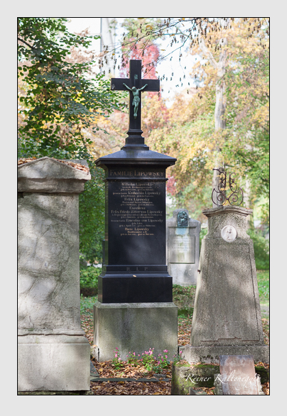 Grab der Familie Lipowsky auf dem Alten Südfriedhof München (Oktober 2007)