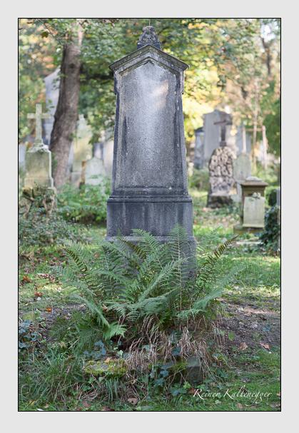 Grab der Familie Valentin auf dem Alten Südfriedhof München (Oktober 2007)