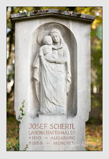 Grab der Familie Schertl auf dem Alten Südfriedhof München (Oktober 2007)