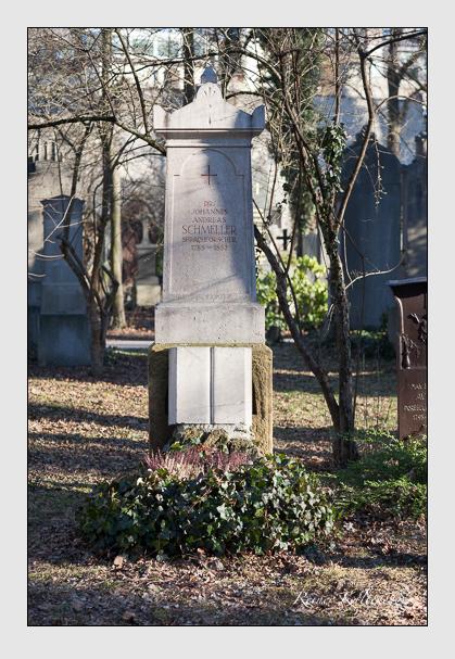 Grab der Familie Schmeller auf dem Alten Südfriedhof München (Februar 2008)