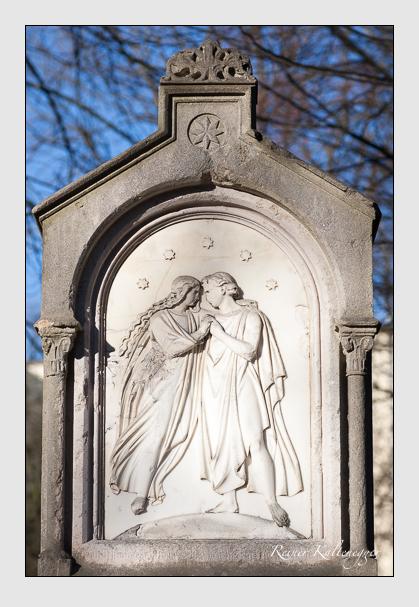 Grab der Familie Schefzky auf dem Alten Südfriedhof München (Februar 2008)