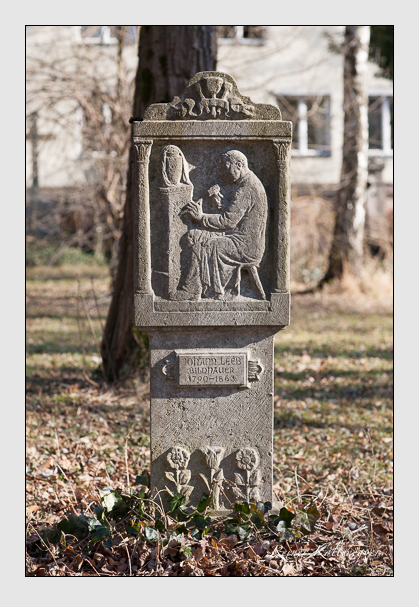 Grab der Familie Leeb auf dem Alten Südfriedhof München (Februar 2008)