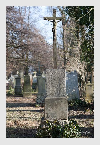Grab der Familie Tutschek auf dem Alten Südfriedhof München (Februar 2008)
