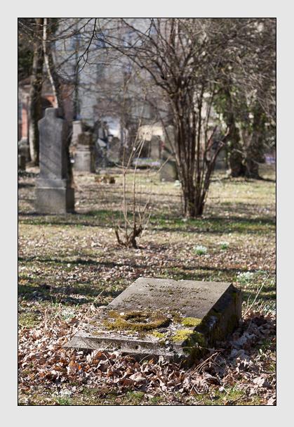 Grab der Familie Quaglio auf dem Alten Südfriedhof München (Februar 2008)
