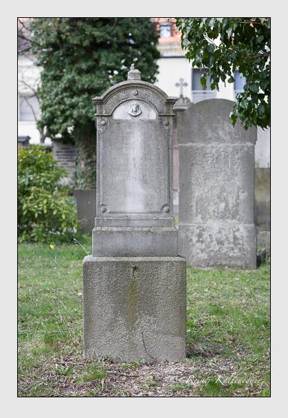 Grab der Familien Hartmann · Leibl auf dem Alten Südfriedhof München (März 2008)