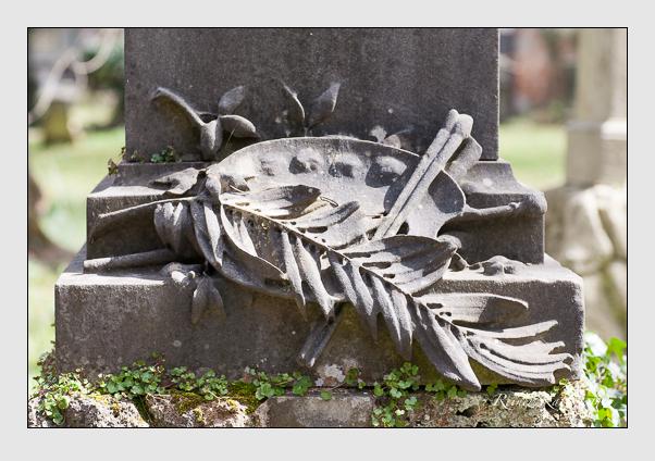 Grab der Familie Hiltensperger auf dem Alten Südfriedhof München (März 2008)