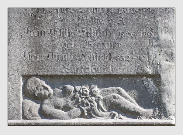 Grab der Familie Schießl auf dem Alten Südfriedhof München (März 2008)