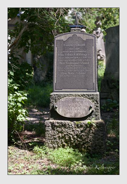 Grab der Familien Glößinger & Marr & Schmid auf dem Alten Südfriedhof München (Juli 2008)