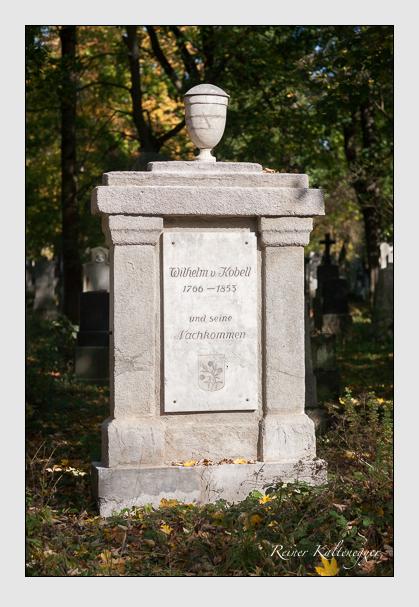 Grab der Familie Kobell auf dem Alten Südfriedhof München (Oktober 2008)