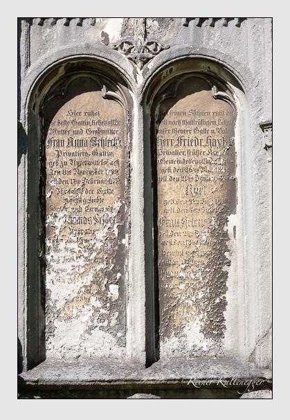 Grab der Familien Hayler · Schlecht auf dem Alten Südfriedhof München (August 2011)