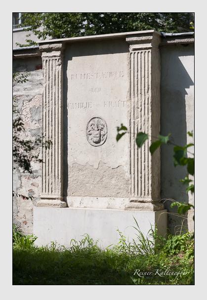 Grab der Familie Kraft auf dem Alten Südfriedhof München (August 2011)