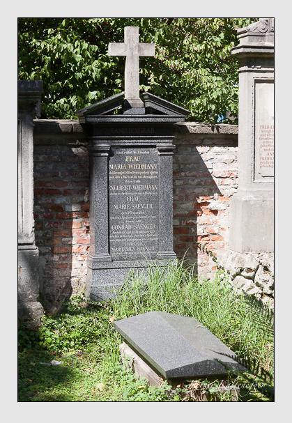 Grab der Familien Sänger & Wiedmann auf dem Alten Südfriedhof München (August 2011)