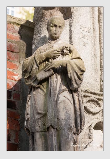 Grab der Familien Biber · Lingg auf dem Alten Südfriedhof München (September 2011)