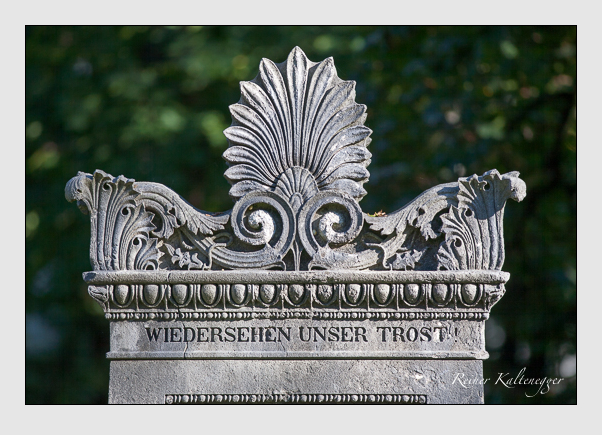 Grab der Familie Krempelhuber auf dem Alten Südfriedhof München (September 2011)