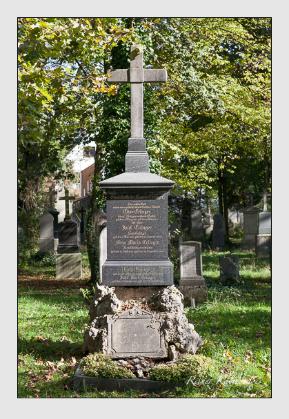 Grab der Familien Eichner & Erlinger auf dem Alten Südfriedhof München (Oktober 2011)
