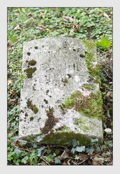 Grab der Familie Dimpfl auf dem Alten Südfriedhof München (Oktober 2011)