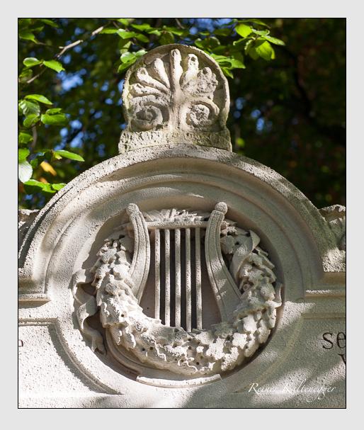Gedenkstätte des Akademischen Gesangsvereins auf dem Alten Südfriedhof München (Oktober 2011)