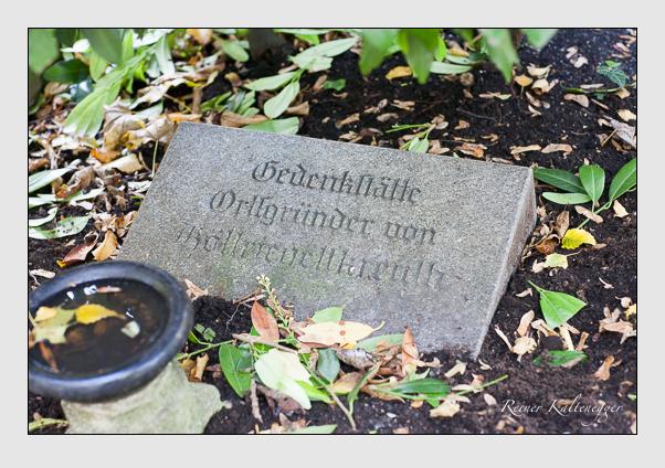 Grab der Familie Höllriegel auf dem Alten Südfriedhof München (Oktober 2011)