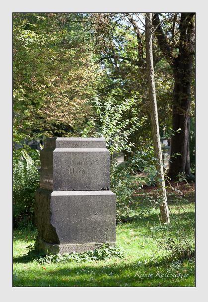 Grab der Familie Hönig auf dem Alten Südfriedhof München (Oktober 2011)