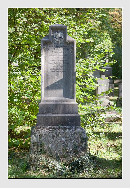 Grab der Familie Hübler auf dem Alten Südfriedhof München (Oktober 2011)