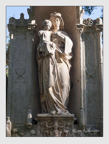 Grab der Familie Simmerl auf dem Alten Südfriedhof München (Oktober 2011)
