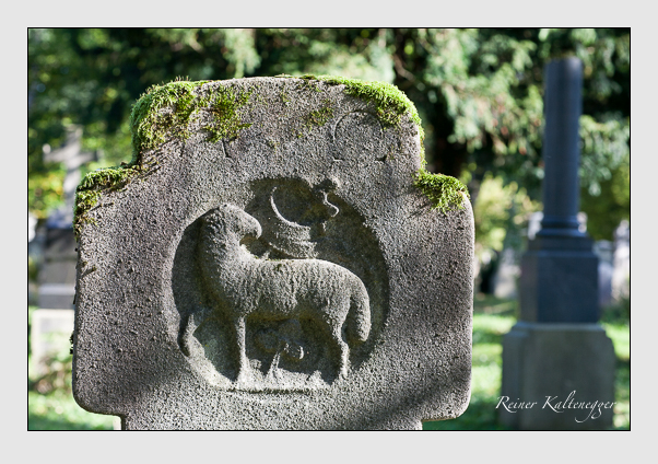 Grab der Familie Wecker auf dem Alten Südfriedhof München (Oktober 2011)
