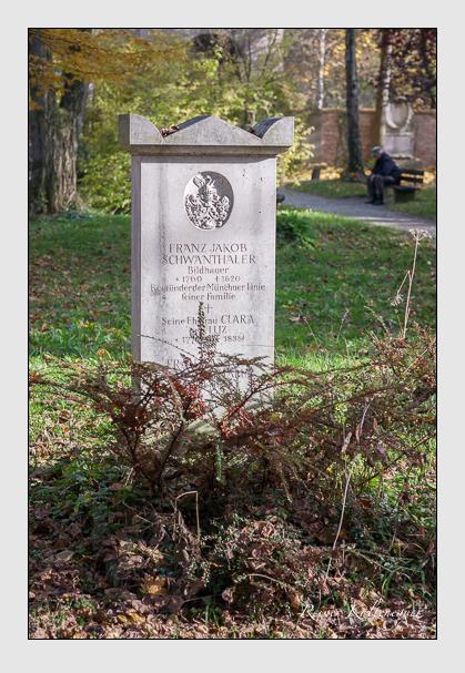 Grab der Familie Schwanthaler auf dem Alten Südfriedhof München (November 2011)