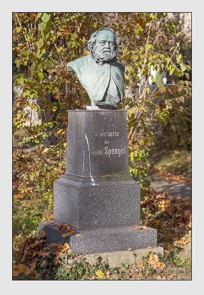 Grab der Familie Spengel auf dem Alten Südfriedhof München (November 2011)