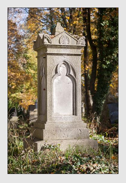 Grab der Familie Böhaimb auf dem Alten Südfriedhof München (November 2011)