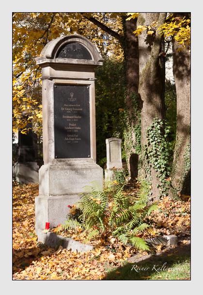 Grab der Familien Boxler · Huhn · Knon · Ramoser auf dem Alten Südfriedhof München (November 2011)