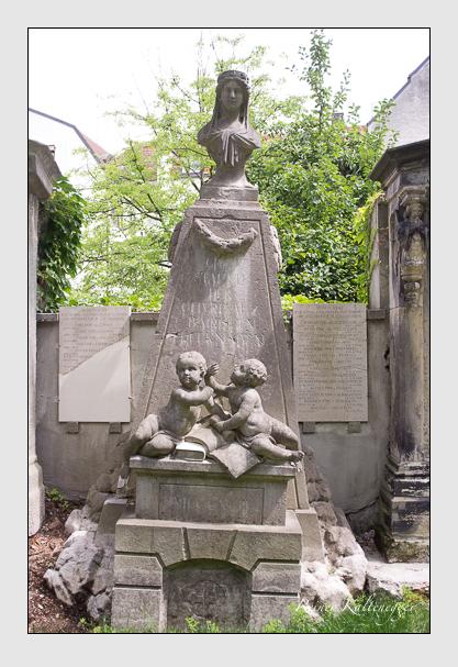 Grab- und Gedenkstätte der Bayerischen Edelknaben (August 2012)