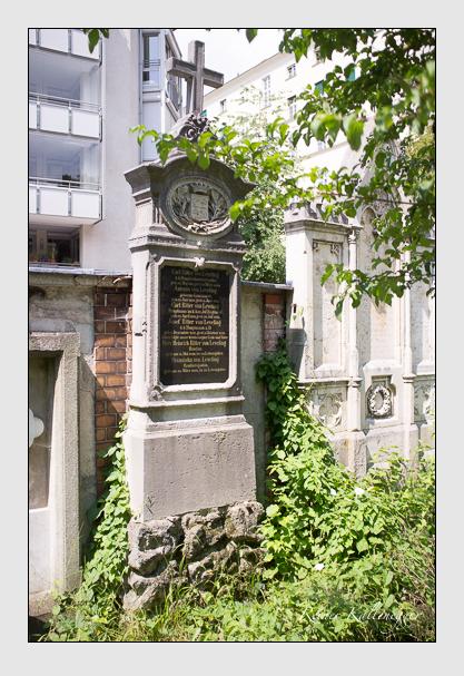 Grab der Familie Leveling auf dem Alten Südfriedhof München (August 2012)