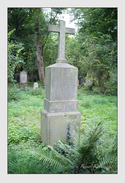 Grab der Familien Kiderlein & Weinmann auf dem Alten Südfriedhof München (August 2012)