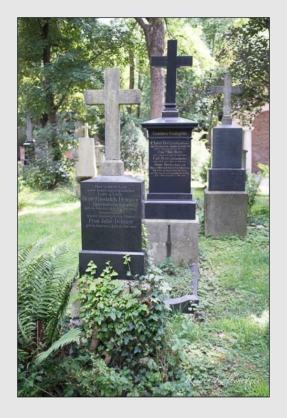 Grab der Familie Deinzer auf dem Alten Südfriedhof München (August 2012)