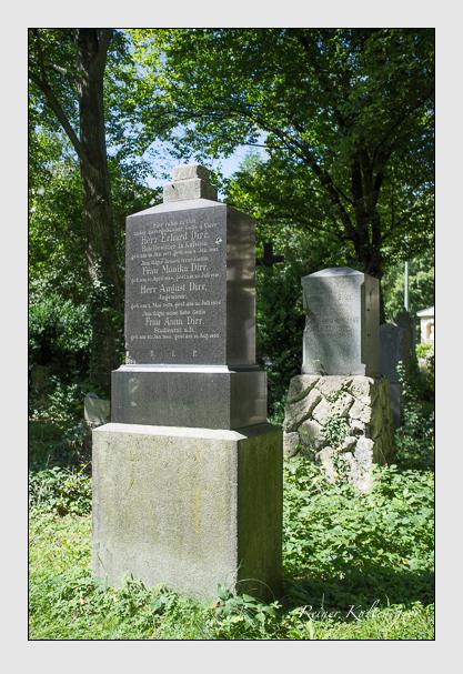 Grab der Familie Dirr auf dem Alten Südfriedhof München (August 2012)