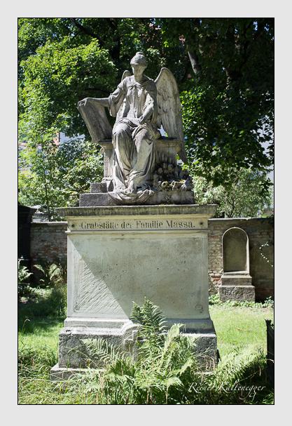 Grab der Familie Massa auf dem Alten Südfriedhof München (August 2012)