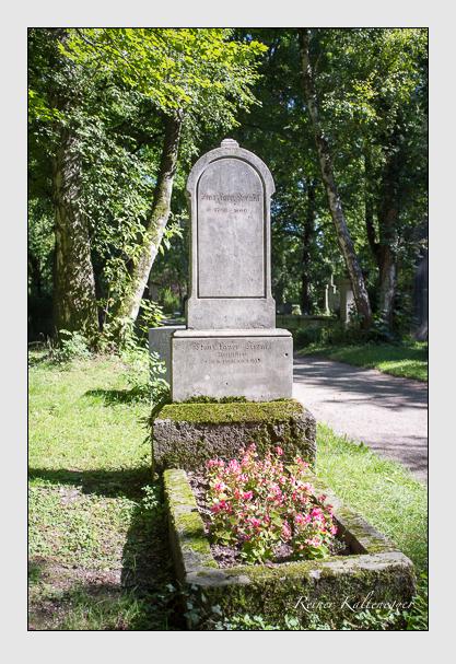 Grab der Familie Krenkl auf dem Alten Südfriedhof München (September 2012)