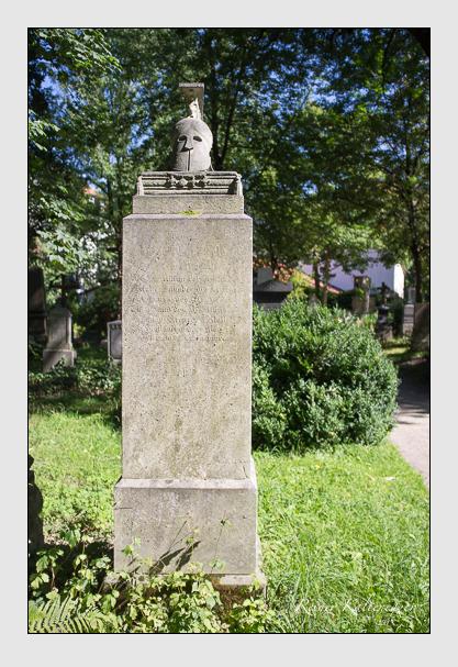 Grab der Familie Fels auf dem Alten Südfriedhof München (September 2012)