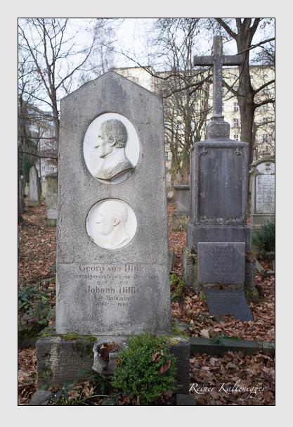 Grab der Familie Dillis auf dem Alten Südfriedhof München (Dezember 2012)